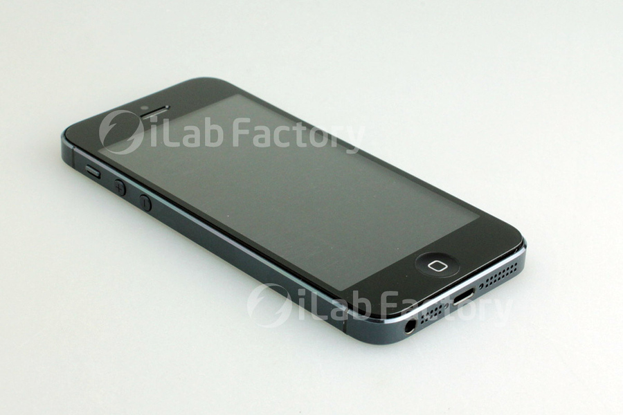 New iPhone 5 screen, iPhone 5 screen photos, iPhone 2012 rumors