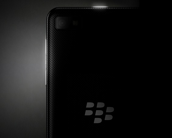 Blackberry z10 available sim free for gbp480 according to for Blackberry z10 carphone warehouse leak