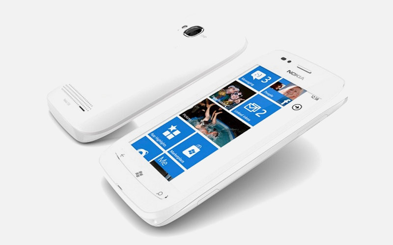 Nokia Lumia 710, Lumia WP7 smartphone, Windows Phone 7 device